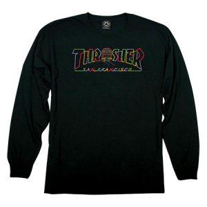 Thrasher Cable Car Long Sleeve Black T-ShirtCable Car Long Sleeve Black T-Shirt od trešeru zo 100% bavlny. Thrasher je značka skateboardového magazínu a oblečenia , ktorá bola založená v roku 1981 pánmi Kevinom Thatcherom, Ericom Swensnom a Faustom Vitellom. Thrasher patrí medzi najviac vážené spoločnosti v skateboardovej komunite. Či sa už bavíme o prestížnom magazíne alebo oblečení. Thrasher nám ponúka pekný výber mikín, crewneckov, tričiek, šiltoviek a rôznych iných doplnkov. Potom je už iba na tebe či si vyberieš veci s klasickým nápisom Thrasher Skateboard Magazine alebo napríklad známe a obľúbené Flame logo. ThrasherMagje skateboardový časopis svyše 30 ročnou históriou. Zpôvodne skatetového magazínu, ktorý kročnému predplatnému dával mikiny atričká slogom sa stal za posledné obdobiefashionhype. Thrasher logo, sa stalo symbolom rebélie voči autoritám. Dnes vďaka fashion influencerom, celebritám aeditorom magazínov akoELLEaleboVoguenosia Thrasher veci, ľudia, ktorí so skatovaním nemajú nič spoločné aThrasher je známy viac ako módna značka než skatový časopis. Všetky handry a apparel od THRASHERu nájdeš na tomtolinku.